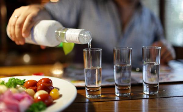 Украина сократила производство легальной водки