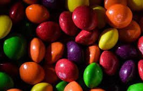 Mars через суд вимагає заборонити онлайн-продаж підроблених Skittles з каннабісом