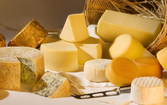 Украинские сыроделы начинают массовые распродажи