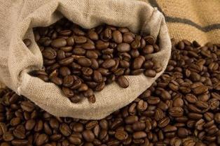 Рекордное потребление кофе в мире не ведет к росту доходов фермеров