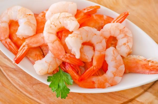 В Черном море летом запретят ловить креветки и мидии